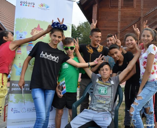 Copiii romi din Gârcini participanți la proiectul Colors